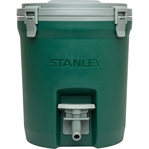 Product Image of the Stanley Adventure Water Jug 2 Gallon, Green