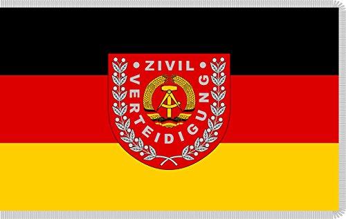 ... perché la prima impressione conta Bandiera: Zivilverteidigung DDR | GDR Civil defense until 1990 | Zivilverteidigung der DDR bis 1990 | ???? ??????????? ??????? ??? ?? 1990? per scopi rappresentativi bandiera paesaggio | 1.35m² | 90x150cm Qualità...