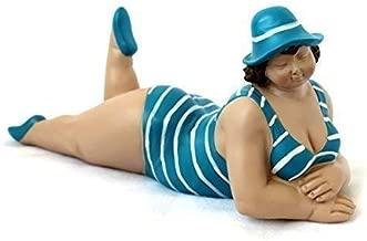 Dicke Frau im Badeanzug 21x18 cm grau sitzend Dicke Mädchen Rubensfrau maritim