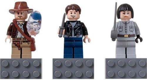 LEGO Super sale Indiana Jones Mutt Williams Irina Spalko Tampa Mall Magnet Set 8527