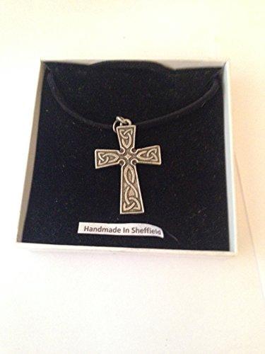 Collana con croce celtica in peltro inglese ICP su cordoncino nero, fatta a mano, 41 cm