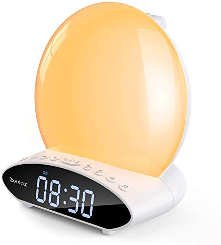 [2020 Upgraded] Lichtwecker mit Projektion COULAX Wake Up Light White-Noise Alarm Clock Projektionswecker Digital Wecker 2 Alarmen mit 30 Töne 7 Farben Tageslichtwecker Radiowecker UKW-Radio