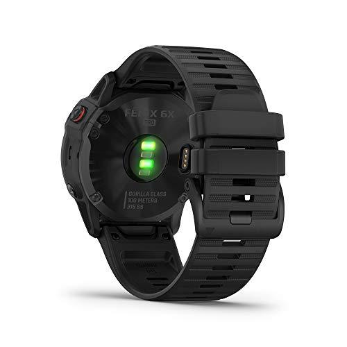 Garmin Fenix 6X Pro, reloj GPS multideporte definitivo, funciones de mapeo, música, monitoreo de ritmo ajustado por grado y sensores de pulso, negro con banda negra