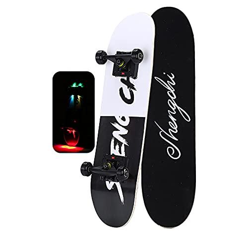 Patineta para niños Street Brushing, doble balancín, patinaje sobre ruedas masculino y femenino, patinete nocturno de cuatro ruedas con cubierta de arce para(Color:Proyección de luz en blanco y negro)