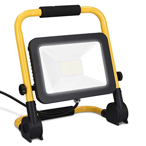 kwmobile LED Baustrahler 50W 5000 Lumen - 3m Netzkabel 6500K IP65 - Baulampe Flutlicht Strahler tragbar - Baustellenlampe Scheinwerfer innen außen