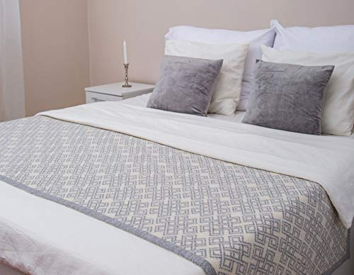 Irish Aran Soft Bed Scarf Made of Blend Wool Ireland with Celtic Knot for Bedroom Hotel Home (Grey, 32' x 96')