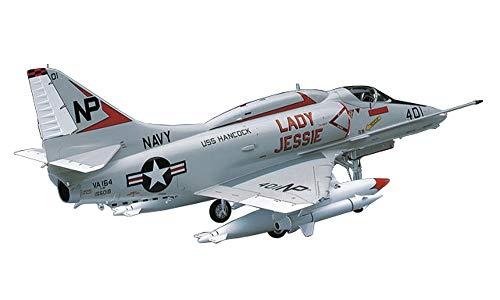 ハセガワ 1/32 アメリカ海軍 A-4E/F スカイホーク プラモデル ST13