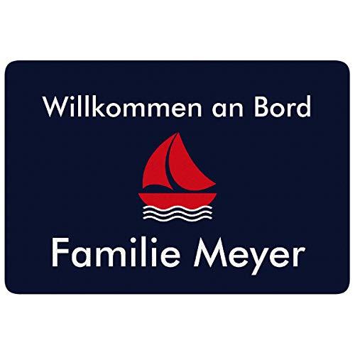 Geschenke 24 Personalisierte Fußmatte – Schiff (Dunkelblau, Rot) - Fussmatte mit Namen Bedrucken - Türvorleger mit Familienname personalisiert - Schmutzfangmatte mit Wunschname