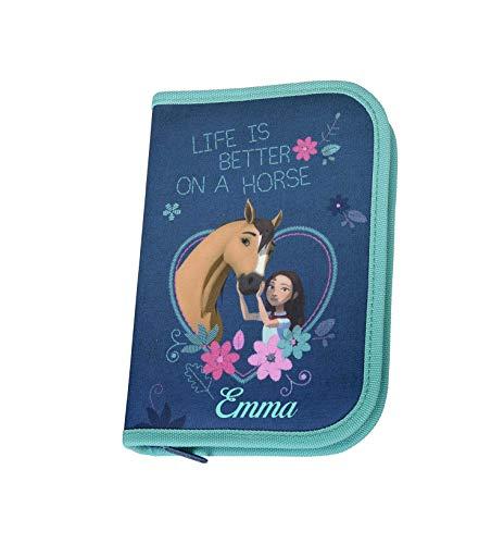 Federmappe mit Namen | inkl. NAMENSDRUCK | Motiv Spirit Pferde in hellblau für Mädchen | Personalisieren & Bedrucken | Federmäppchen Schüleretui Federtasche 30-teiliges Set MARKENSTIFTE