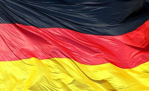 TK Gruppe Timo Klingler Deutschland 90 * 150 cm Flagge Fahne Deutschlandfahne Deutschlandflagge Fanartikel WM EM Fußball, Handball UVM. mit Metallösen