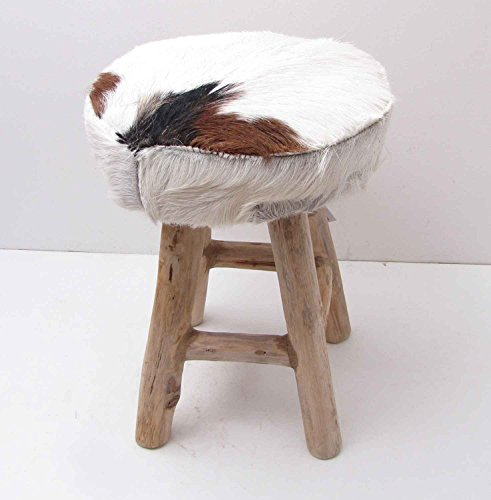 Uriger Hocker aus Holz mit Ziegenfell-Bezug weiß/braun Höhe 41 cm Fellhocker Fußhocker kleiner Hocker