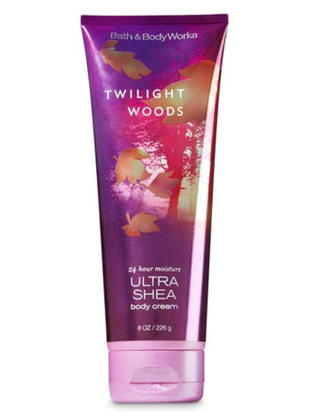 バイソン任命するおめでとう【Bath&Body Works/バス&ボディワークス】 ボディクリーム トワイライトウッズ Ultra Shea Body Cream Twilight Woods 8 oz / 226 g [並行輸入品]