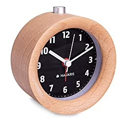 Navaris Wood Analog Alarm Clock - Round Battery-Operated Non-Ticking Clock with Snooze Button and Light - Light Brown, Black Dial