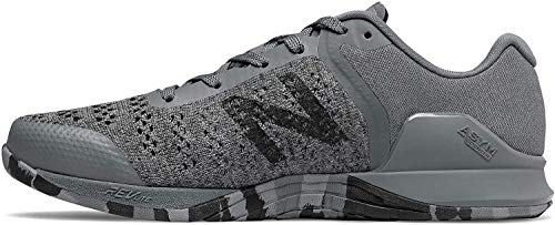 New Balance Men's Prevail V1 Minimus Track and Field Shoe