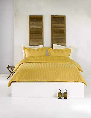De Witte Lietaer Zygo-Parure Copripiumino Matrimoniale con 2 federe per cuscino, con Volant, in cotone pettinato, colore: giallo ocra, 240 x 220 cm