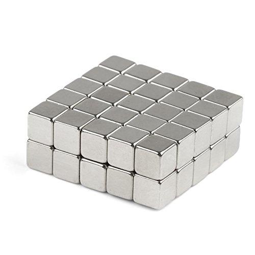 OMO Lot de 50 aimants en néodyme NdFeB N50 5 x 5 x 5 mm carrés parallèlepipède rectangulaire puissant revêtement nickel