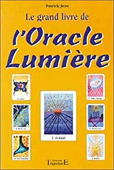 Paperback Grand livre de l'Oracle Lumière (French Edition) [French] Book