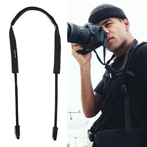 Crumpler CHST-001 Checkstrap - Correa para el Hombro para cámara (Ajustable, Longitud Ajustable), Color Negro y Gris