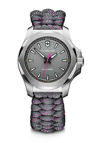 Victorinox I.N.O.X. V Reloj Digital de Cuarzo para Mujer con Correa de Tela – 241771
