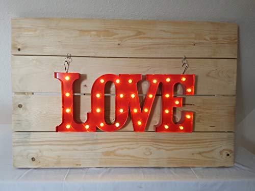 'Marquee Letter Light Love – Letra Tren Rojo con iluminación LED – Baterías 2 x AA – Revestimiento de polvo = resistente a arañazos. Para colocar o colgar. - Dimensiones: 31 x 71 x 5 cm.
