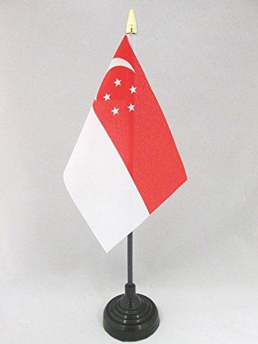 AZ FLAG TISCHFLAGGE Singapur 15x10cm goldene splitze - SINGAPURISCHE TISCHFAHNE 10 x 15 cm - flaggen