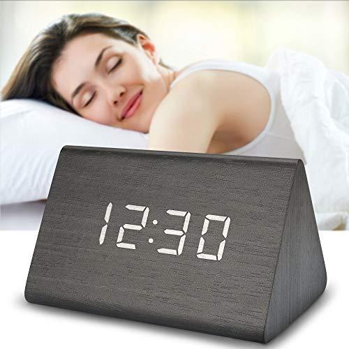 yidenguk Triángulo LED Reloj Despertador Digital de Madera Relojes USB, 4 Niveles Brillo Ajustable y Alarmas Triples Voz Touch Activado Mostrar Hora Temperatura Ideal para Dormitorio casa Oficina