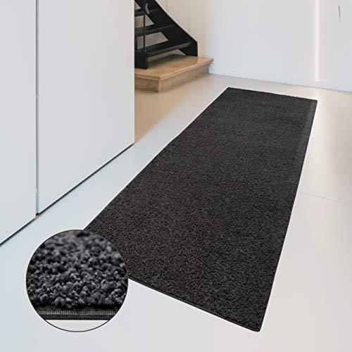 Carpet Studio Flauschig-weiche Haptik Teppichläufer 67x180cm, Wohnzimmer/Schlafzimmer/Küche/Flur, praktische Reinigung, per Hand fertiggestellt, Basalt