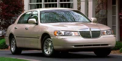 Amazon Com 1999 Lincoln Town Car Reviews Images And Specs Vehicles