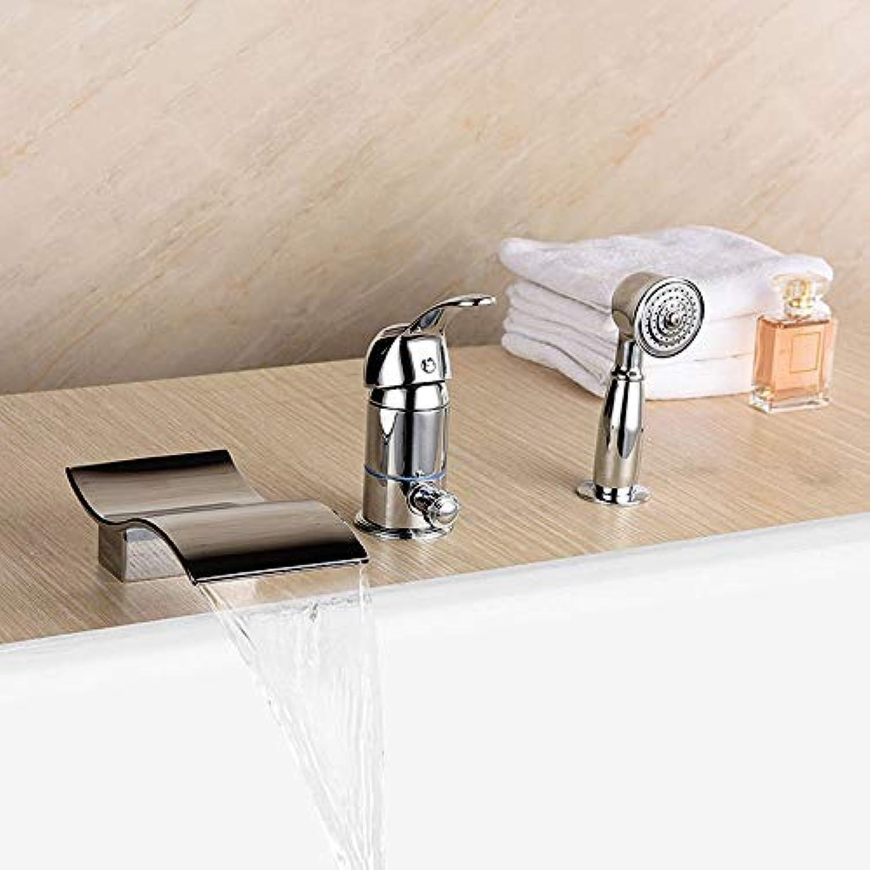 BMY High-End-Startseite Moderne Mode Dusche Wasserfall dreiteilige Bad Wasserhahn