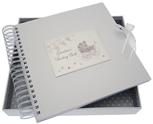 White Cotton Cards Carte de grand-mère pousse/livre de mémoire (Argent Landau et fanions)