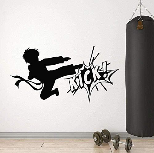 Arte Pegatinas de pared Vinilo Karate Boy Fighting Kick Artes Marciales Sport Club Decoración Interior Cristal Habitación Adolescente Mural 57X30Cm Moda Papel pintado Mural