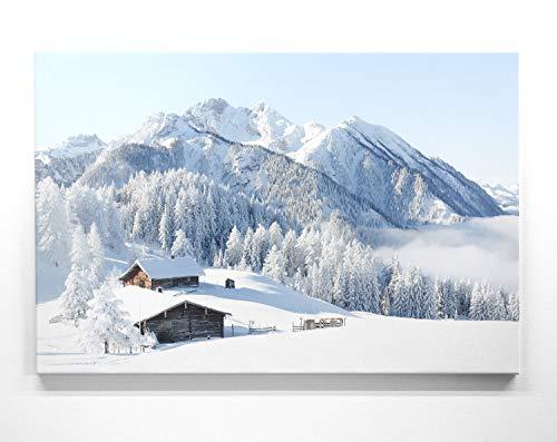 Traumhaftes Leinwandbild - Almhütte - als 90x60cm großes Wandbild. Perfekt als Hintergrund und Deko für Wohnzimmer & Schlafzimmer. Aufgespannt auf Holzrahmen