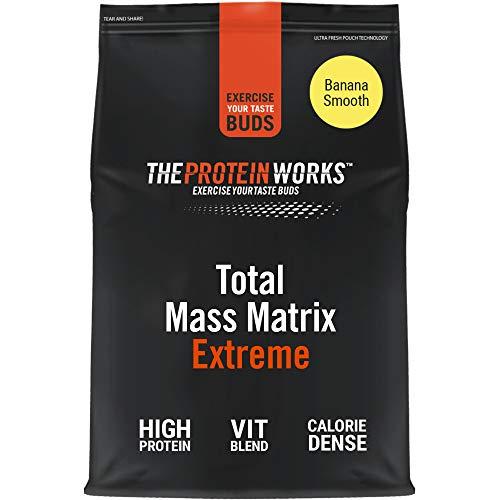 THE PROTEIN WORKS Total Mass Matrix Extreme Protein Powder | Masa Muscular | Alto en Calorías Para Ganar Masa | Con Glutamina, Creatina y Vitaminas | Plátano Suave | 2.12kg