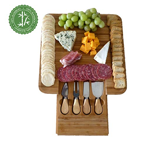 cheese and crackers plate - 1