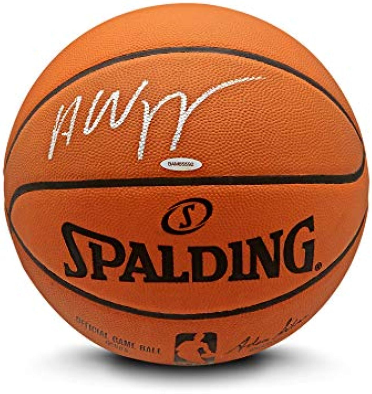 Upper Deck Andrew Wiggins Spalding Basketball