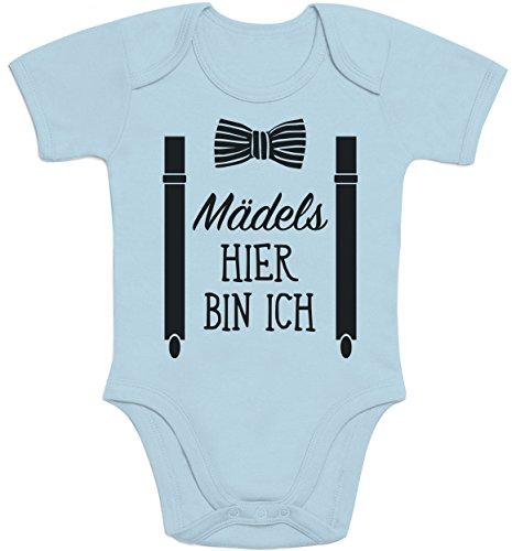 Shirtgeil Mädels, Hier Bin Ich! - Geschenk für Neugeborene Jungen Baby Kurzarm Body (3 - 6M, Hellblau)