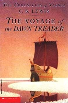 Paperback The Chronicles of Narnia : The Voyage of the Dawn Treader Book