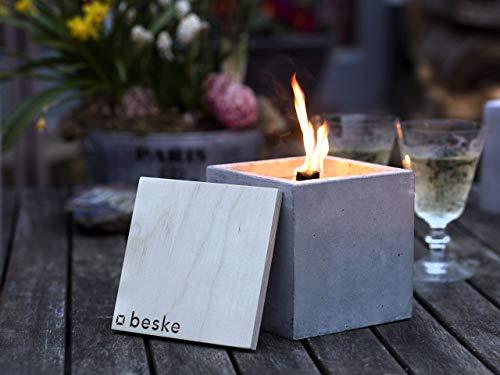 Beske-Betonfeuer mit \'Dauerdocht\' | Größe 13x13x13 | Wiederbefüllbare Gartenfackel | \'Unendliche\' Brenndauer durch umweltfreundliches Recycling von Kerzenwachs | Tischfeuer Fackel Kerze Outdoor