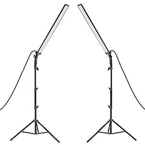 Neewer LED Luz Estudio Iluminación Kit - 2 Paquetes de Varita de Luz de Mano LED Video Luz Palos 5500K con Brillo Ajustable Soporte de Luz 2m para Retrato Fotografía de Producto Luz de Video