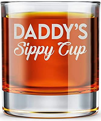 DADDY FACTORY Daddy's Sippy Cup Whiskey Glass - Funny New Dad Gifts - 10.25 oz Engraved Old Fashioned Bourbon Rocks Glass for Expecting Father, Dad Birthday Gift from DADDY FACTORY