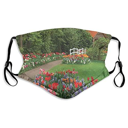 Lot de 2 masques anti-poussière pour enfants avec filtre - Jardin printanier avec cabane forestière, petit pont, plantes, parterres de fleurs et allée