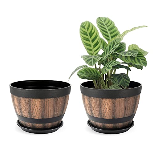 Whiskey Barrel Planter with Drainage Holes & Saucer, Ideal for Plants Growth.9in Flower Pots Imitation Wine Barrel Basin Design,Resin Plant Pots Can Be Used for IndoorOutdoor,1.35 Us Gallons 【2pcs】.
