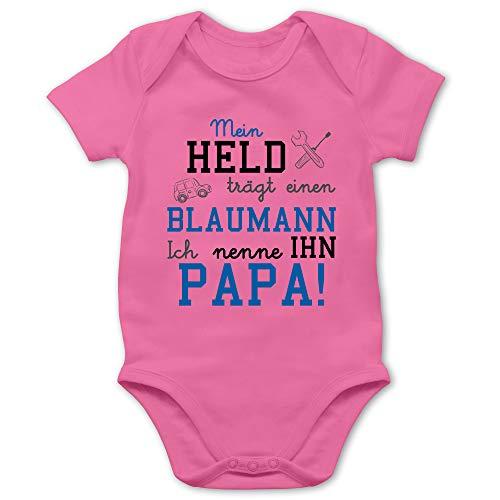 Shirtracer Sprüche Baby - Mein Held trägt einen Blaumann - 1/3 Monate - Pink - kfz Mechaniker - BZ10 - Baby Body Kurzarm für Jungen und Mädchen