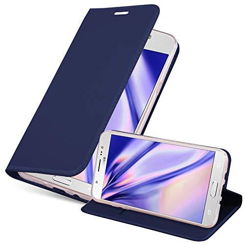 Cadorabo Funda Libro para Samsung Galaxy J7 2016 en Classy Azul Oscuro - Cubierta Proteccíon con Cierre Magnético, Tarjetero y Función de Suporte - Etui Case Cover Carcasa