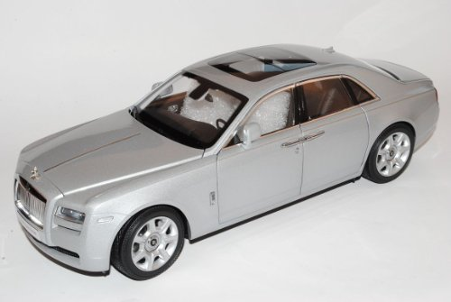 Kyosho Rolls Royce Ghost 2011 Silber 1/18 Modell Auto