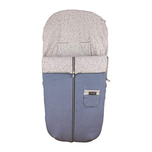 Saco Silla de Paseo Universal Rosy Fuentes- Saco Carrito Bebé - Funda de silla de paseo - Equipado para ser Ajustado perfectamente - Elaborado en Piqué y popelín estampado - Color azul empolvado