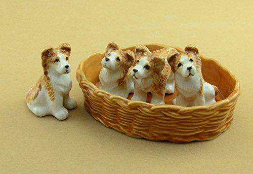 Red DACHSHUND Dog Pup sits w/Paw Up MINI MINI Figurine Ceramic HAGEN-RENAKER 3204
