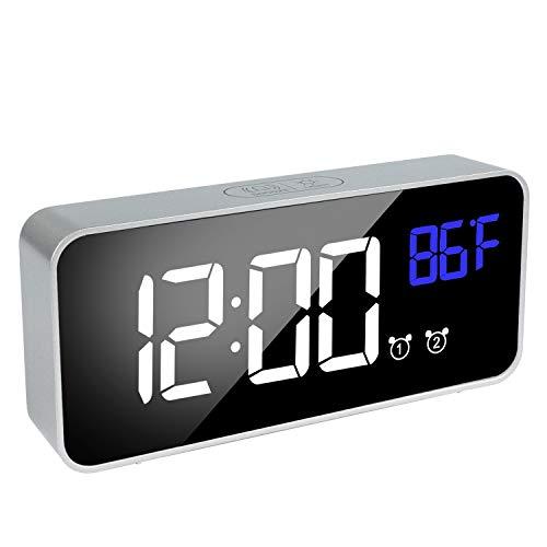 SOCICO Despertador Digital Reloj Despertador con Pantalla LED de Temperatura,Tiempo,Fecha,Función Snooze,12/24 Horas,13 Música,4 Brillo Ajustable,Puerto de Carga USB para Dormitorio (Plata)