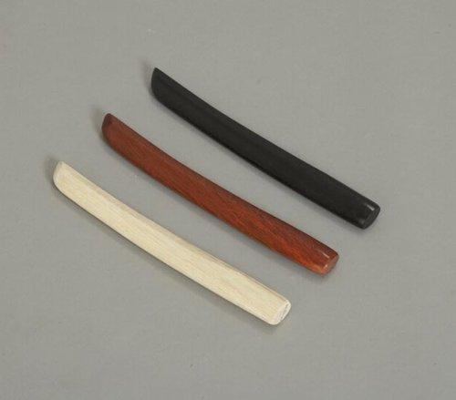 In legno Lunghezza: ca. 30 cm Durevole e facile da maneggiare Alta qualità Lo strumento ideale per un allenamento di tipo realistico