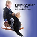 Salen Var Av Silkety, Pika Bor I Neste By.